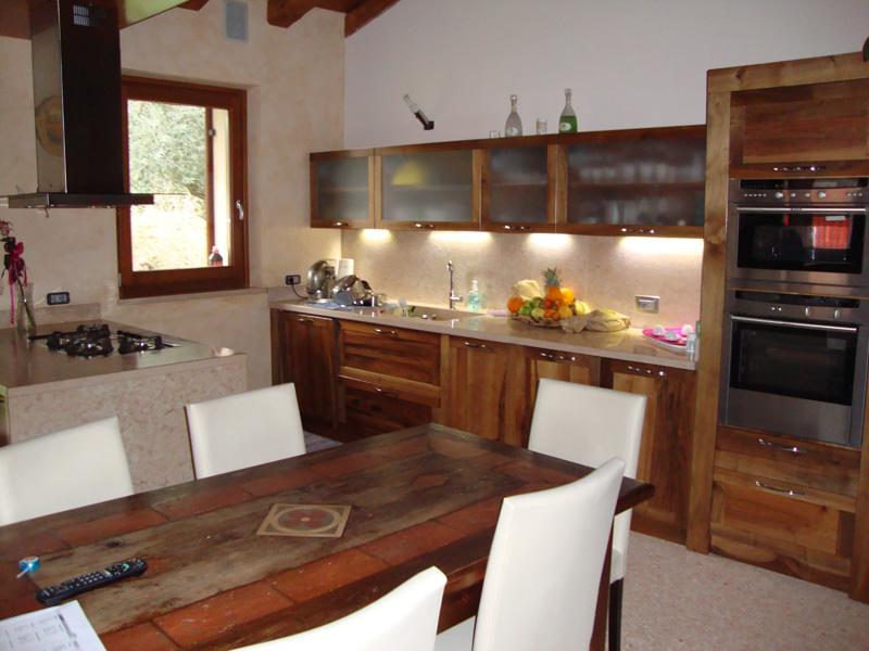 Cucine classiche con penisola cucine in finta muratura - Cucine classiche con penisola ...