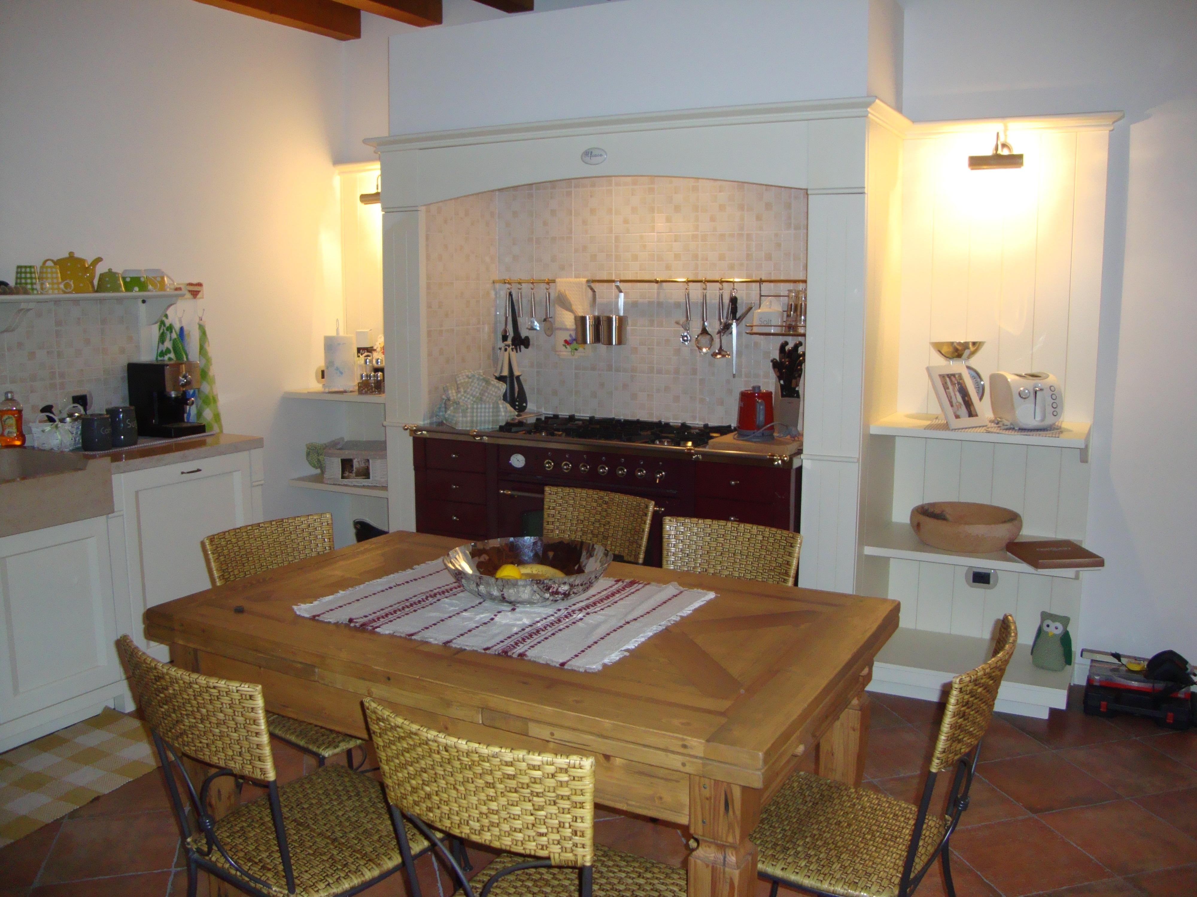 Cucine classiche avorio cucina classica bea uac uac with for Bea arredamenti